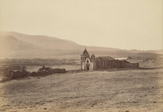 Starea Misiunii San Carlos Borromeo de Carmelo în anul 1883. Fotograf Carleton Watkins (1829 – 1916).